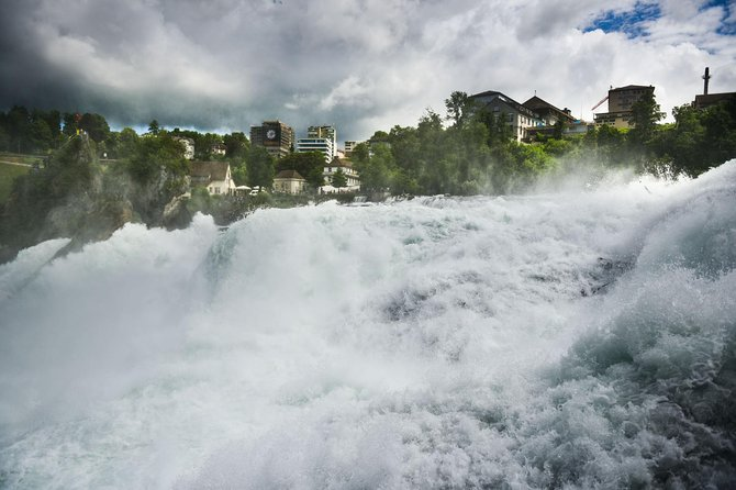 Private trip from Zurich to the Rhine Falls - Europe's largest waterfalls
