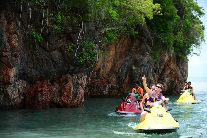 Shared Discover Magical Islands Jet Ski photo 7
