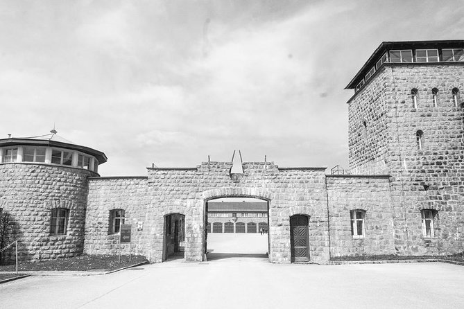 Mauthausen private tour from Linz