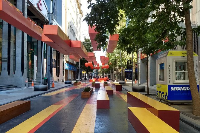 Santiago: Full day, traditional city tour and shopping day