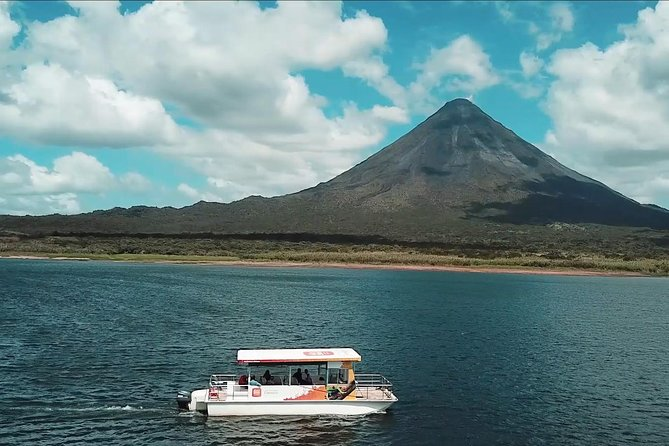 Arenal Volcano National Park and Lake Arenal Tour