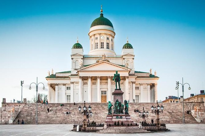 Explore Helsinki by bus and boat