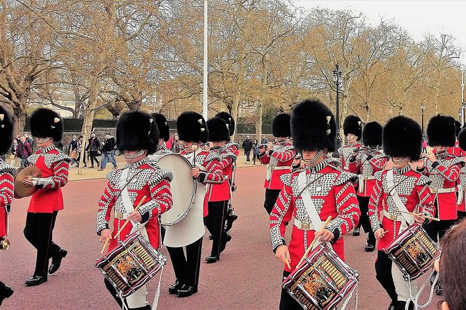 Highlights of London Private Taxi Tour