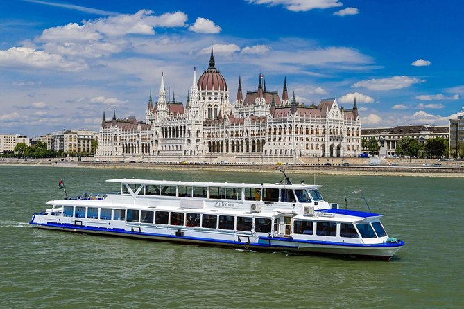 Budapest Jewish Heritage Tour plus River Cruise with Lunch