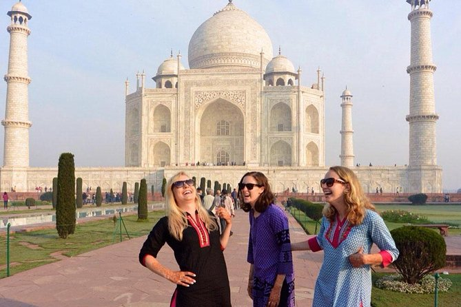 Overnight Taj Mahal Tour From Delhi photo 5