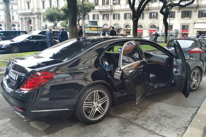 Driver available 3 hours with Mercedes vehicle