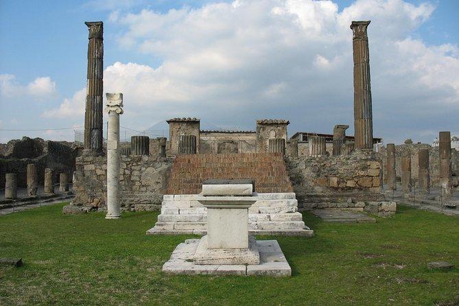 Ada's Tours - Pompeii