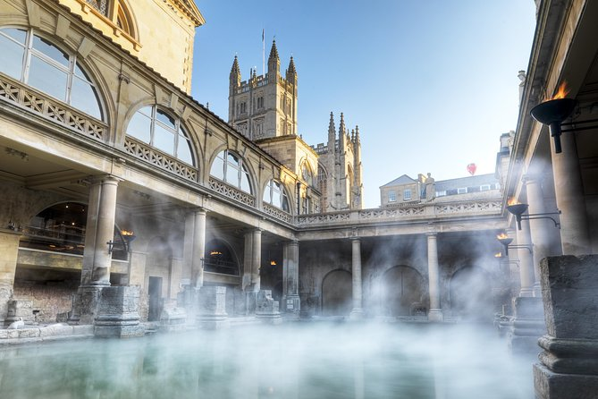 Roman Baths Skip The Line entry and Walking Tour with Blue Badge Tour Guide