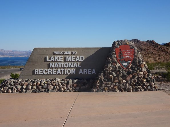 Deluxe Petit Tour of Hoover Dam, Lake Mead and Historic Boulder City photo 7
