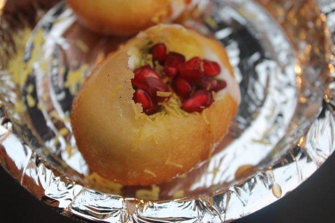 Full day Taj Mahal tour with Street Food walk