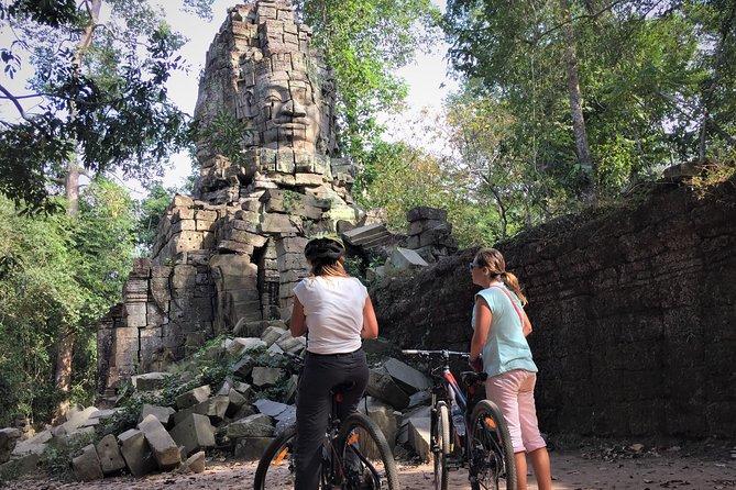 Private Angkor Bakeng Sunset Hidden gem bike tour