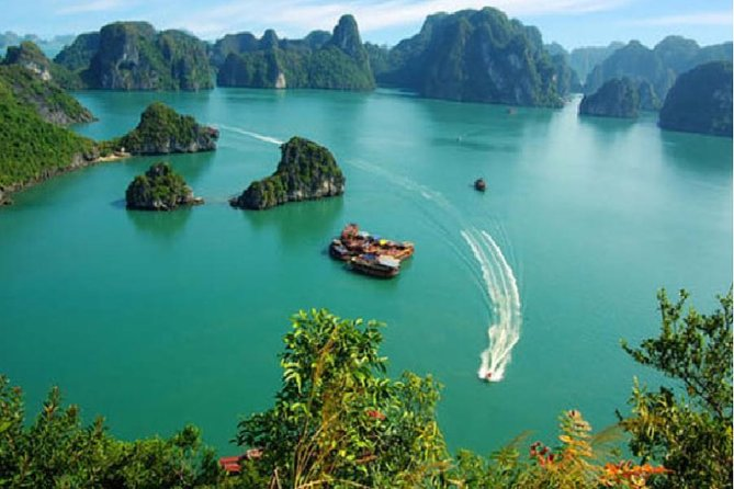 Ha Long Bay - Tuan Chau Island Tour for 2 Days 1 Night