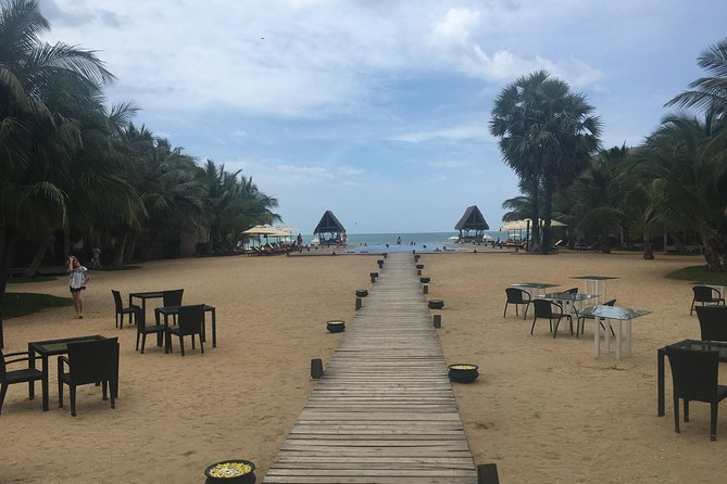 Heritage of Sri Lanka with beach stay on east coast