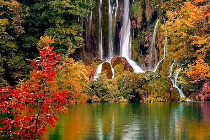Private tour to the national park Plitvice Lakes from Split or Trogir