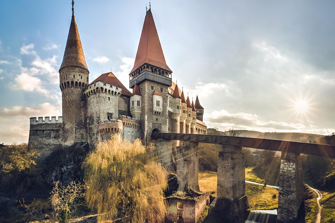 Private day trip to Corvin Castle and Alba Carolina Fortress from Cluj-Napoca