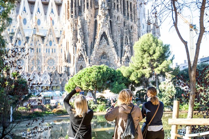 Artistic Barcelona: The Best of Gaudi Afternoon Tour photo 3
