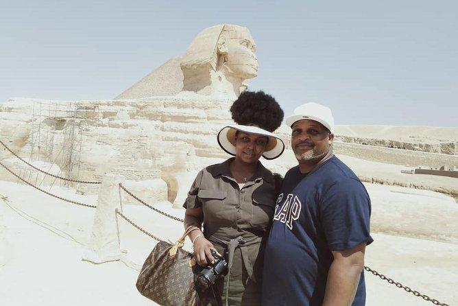 8-Hour tour Pyramids Sphinx Egyptian Museum Bazaar Camel Ride Lunch from Cairo