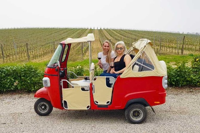 Fun Tuk Tuk Experience of Tuscany for 2 from Florence