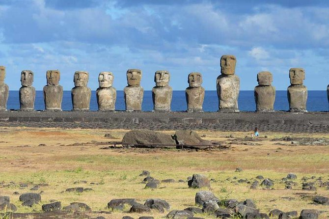 4-Days Trip to Discover Easter Island