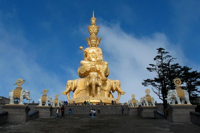 Private Day Tour: Mount Emei Tour by high-speed train from Chengdu