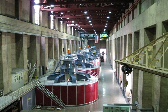 Exclusive: Private Tour of Las Vegas and the Hoover Dam