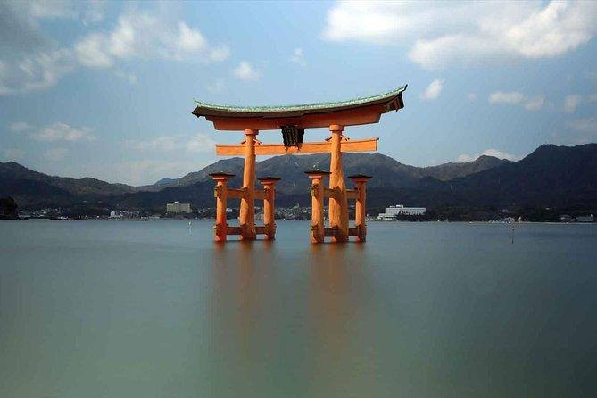 One-Day Miyajima, Peace Memorial Park & Hiroshima Castle Tour