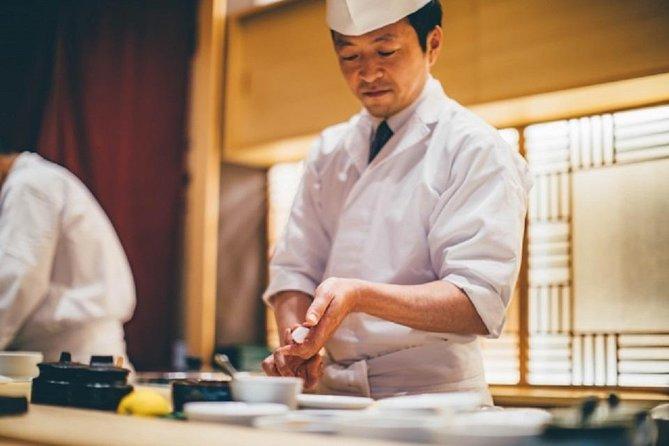 Meiji Shrine and Tsukiji Sushi Making Private Tour