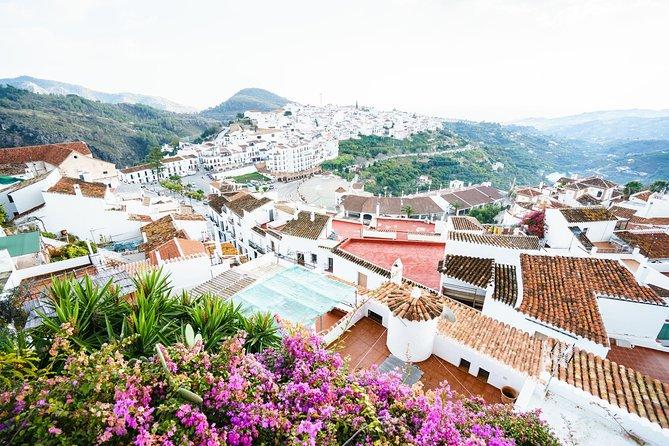 Skip the line Nerja & Frijiliana Day Trip from Granada