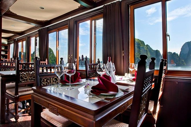 2-Day Halong Bay With 3 Star Cruise from Hanoi: Deluxe Cabin, Cave, Kayaking