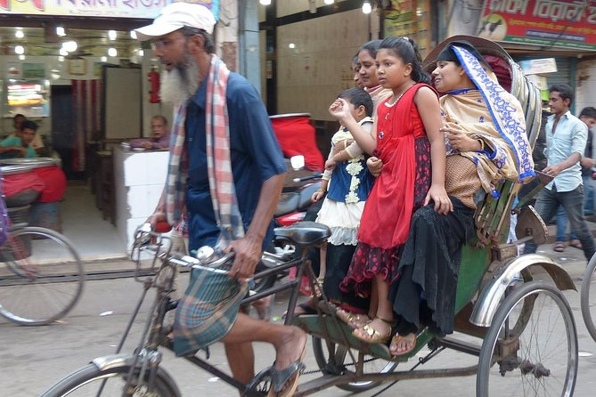 Dhaka Popular Walking and Communal Tour photo 4