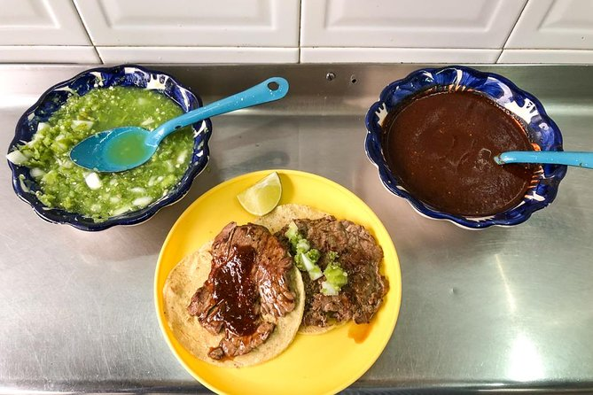 A Night of Tacos and Mezcal in Mexico City