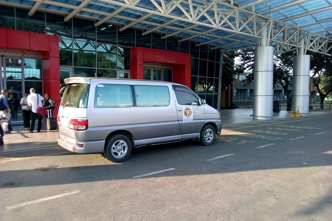 One Way Livingstone Airport Shuttles photo 2