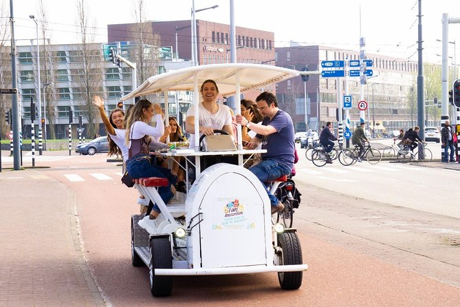 1.5-hour Amsterdam Bubbly Bike tour photo 2