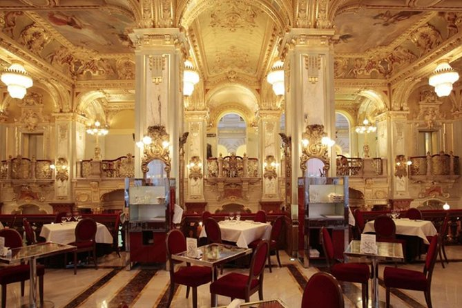Private Tour: Cafe Tour through the Literature and History of Budapest