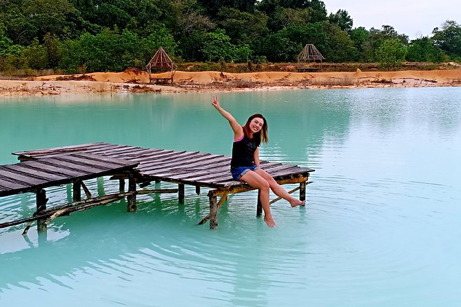 Bintan Sand Dunes and Blue Lakes Half-Day Tour with Lunch