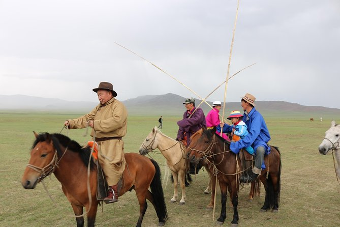 1 Day Semi-Gobi All-included tour