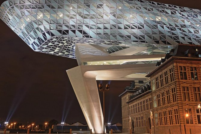 Private full day Sightseeing Tour to Antwerp from Amsterdam
