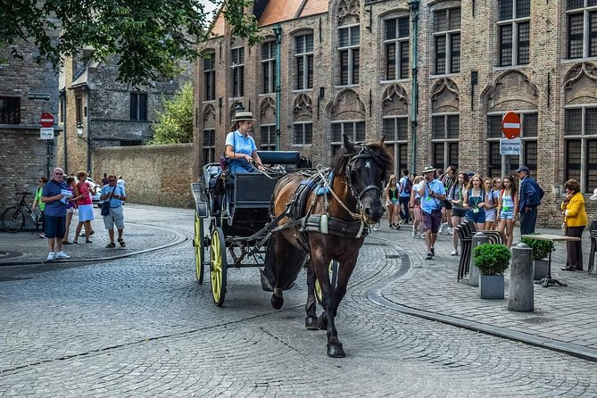 Private Tour to Bruges From Amsterdam incl. tickets to the Chocolate Museum
