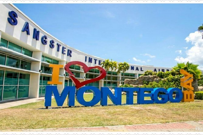 Round-Trip Transfer Airport transfer to Hotels in Montego Bay