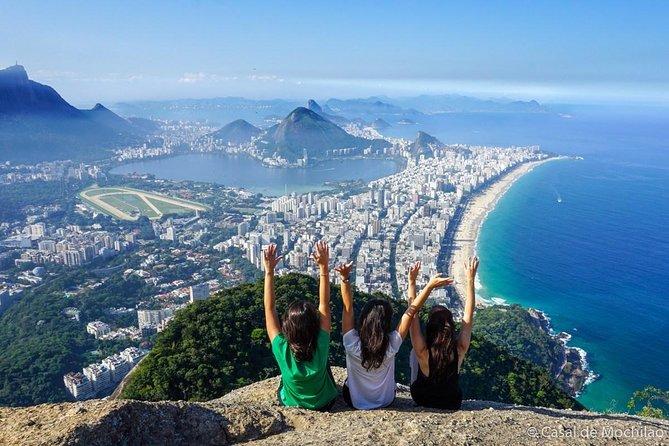 Morro Dois Irmãos Hike & Vidigal Favela Tour with Transfer