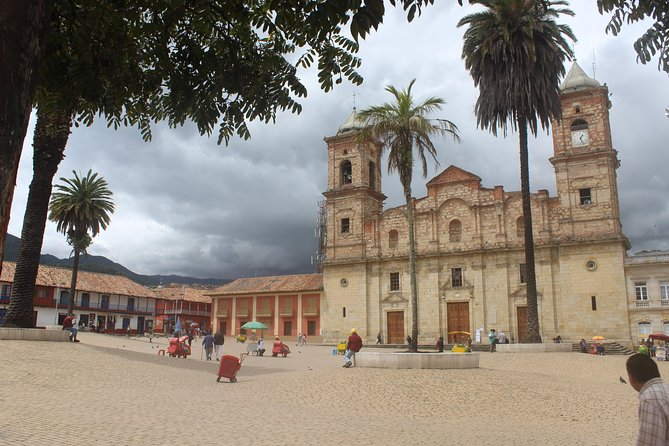 Private Visit to Zipaquira's Town & Salt Cathedral + In&Out Transfer + (6 hours)