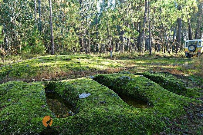 Archaeological Circuit of Cova da Moira (half day)