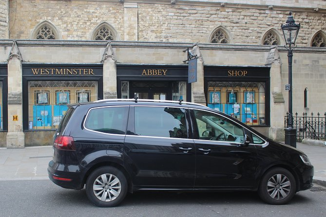 Private Transfer: Gatwick to Heathrow Airport Via London attractions