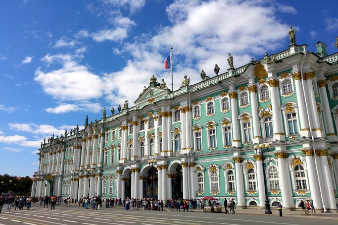 Walking Tour of the State Hermitage Museum in St Petersburg