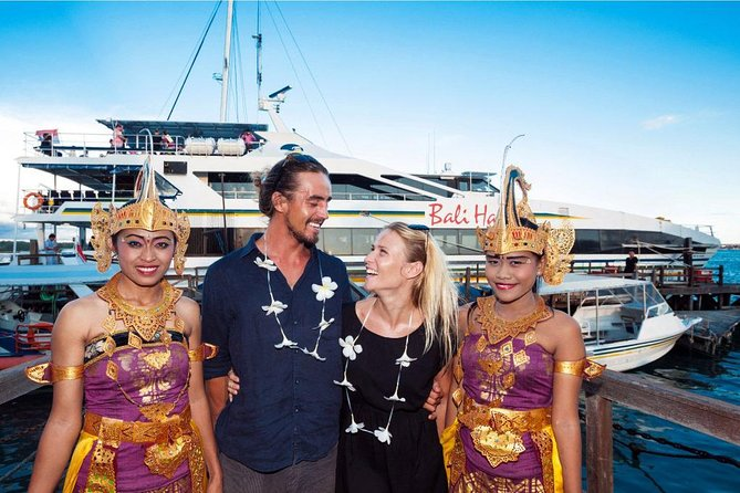 Complate your Honeymoon in Bali with 2 Hour SPA and Sunset Dinner Cruise