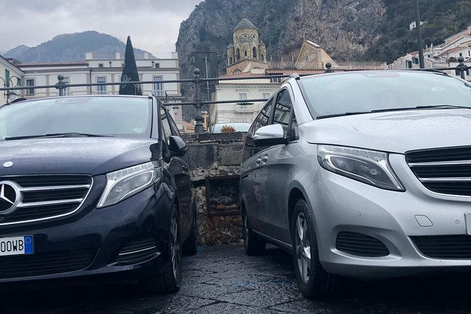 Private transfer: from Sorrento to Naples Airport or Central Station
