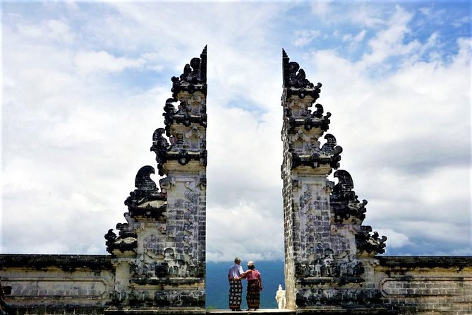 Bali Day Tour : Waterfall & Lempuyang Temple The Gate Of Heaven
