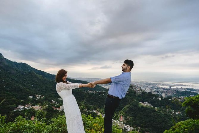 Private Tour: Christ the Redeemer & Sugarloaf with Private Photographer