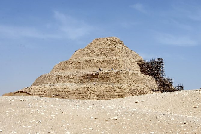 6 Hours visit to Giza pyramids sphinx and Sakkara