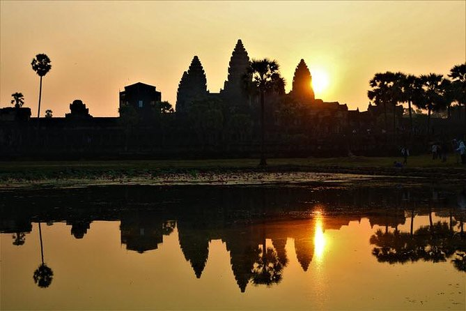 Siem Reap- Best Angkor Wat Tour from Sunrise to Sunset full day